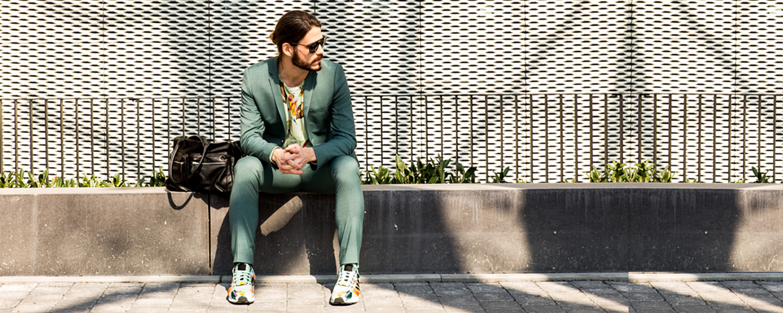 Kaisers-neue-Kleider_Casual-Business-Ourtfit_Skinny-Anzug_Topman_adidas_Zx-Flux_Maennermodeblog