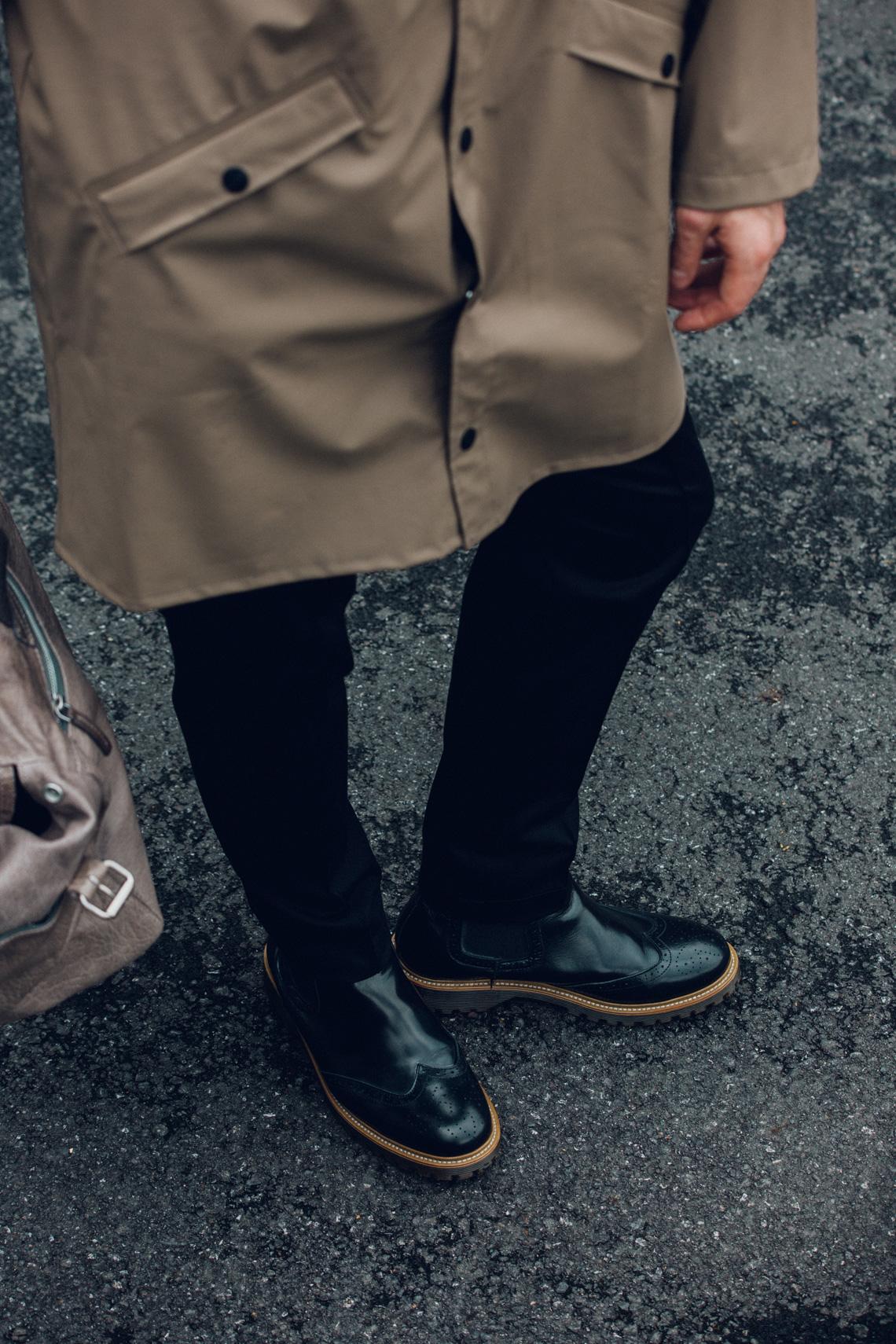 Modeblog-Männer-Kaisers-neue-Kleider-Fashion-Trend-Herbst-Rains-Regenmantel-Weekender-Leder
