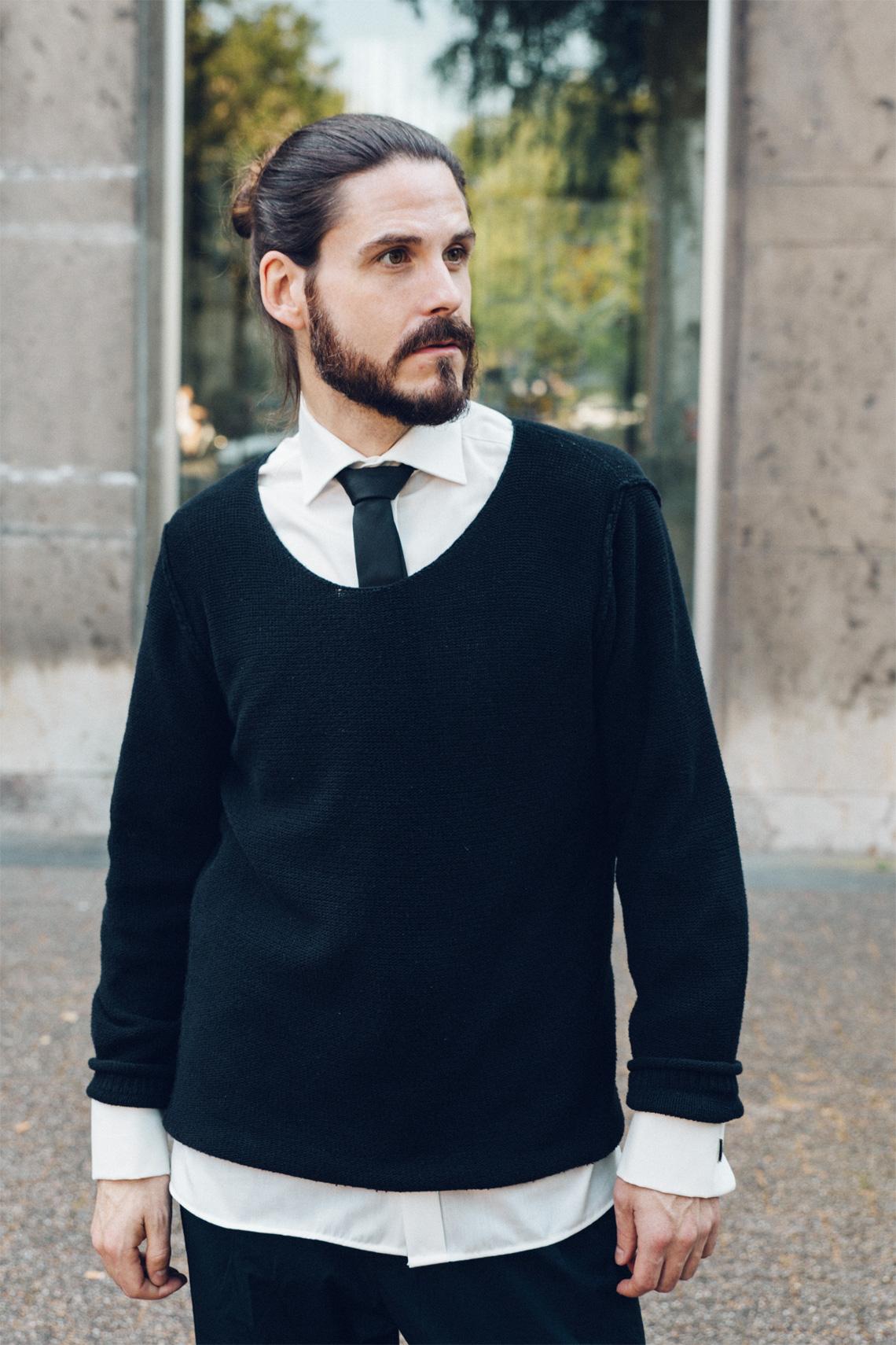 kaisers-neue-kleider-modeblog-maenner-schoolboy-look-hemd-krawatte-sportliche-hose-laessiger-style