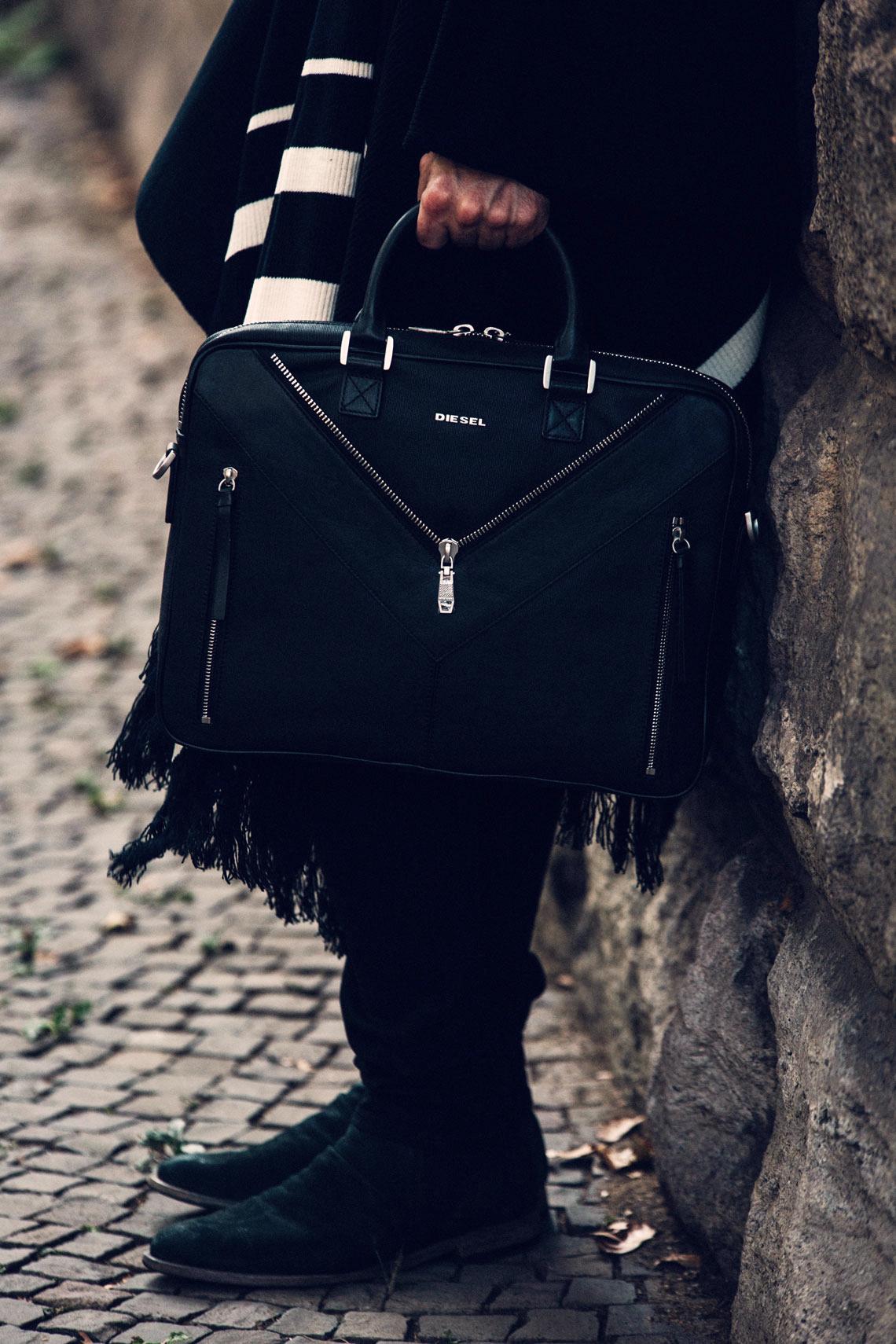 kaisers-neue-kleider-poncho-streetstyle-boho-look-laptoptasche-malefashion-blog