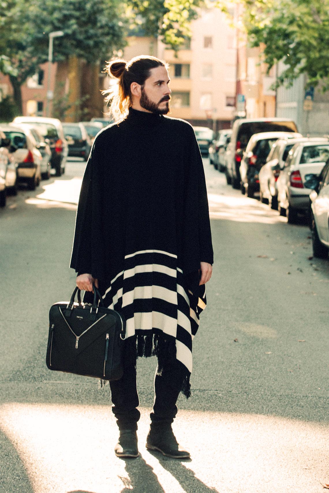 Outfit Mit Dem Poncho Durch Die City Kaisers Neue Kleider