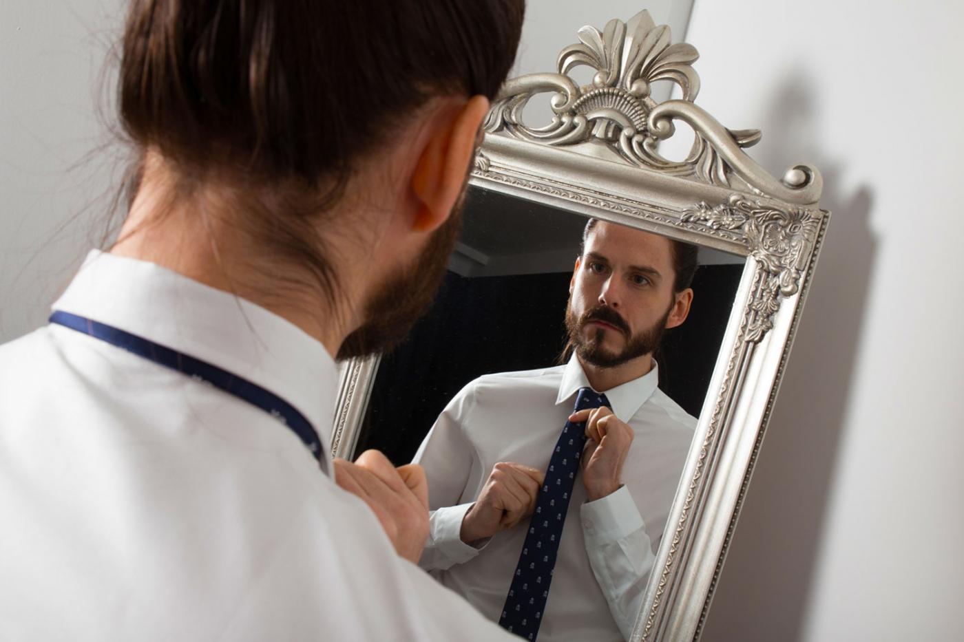 kaisers-neue-kleider-gentsbox-accessoires-abobox-gentleman-krawatte-beauty-socken
