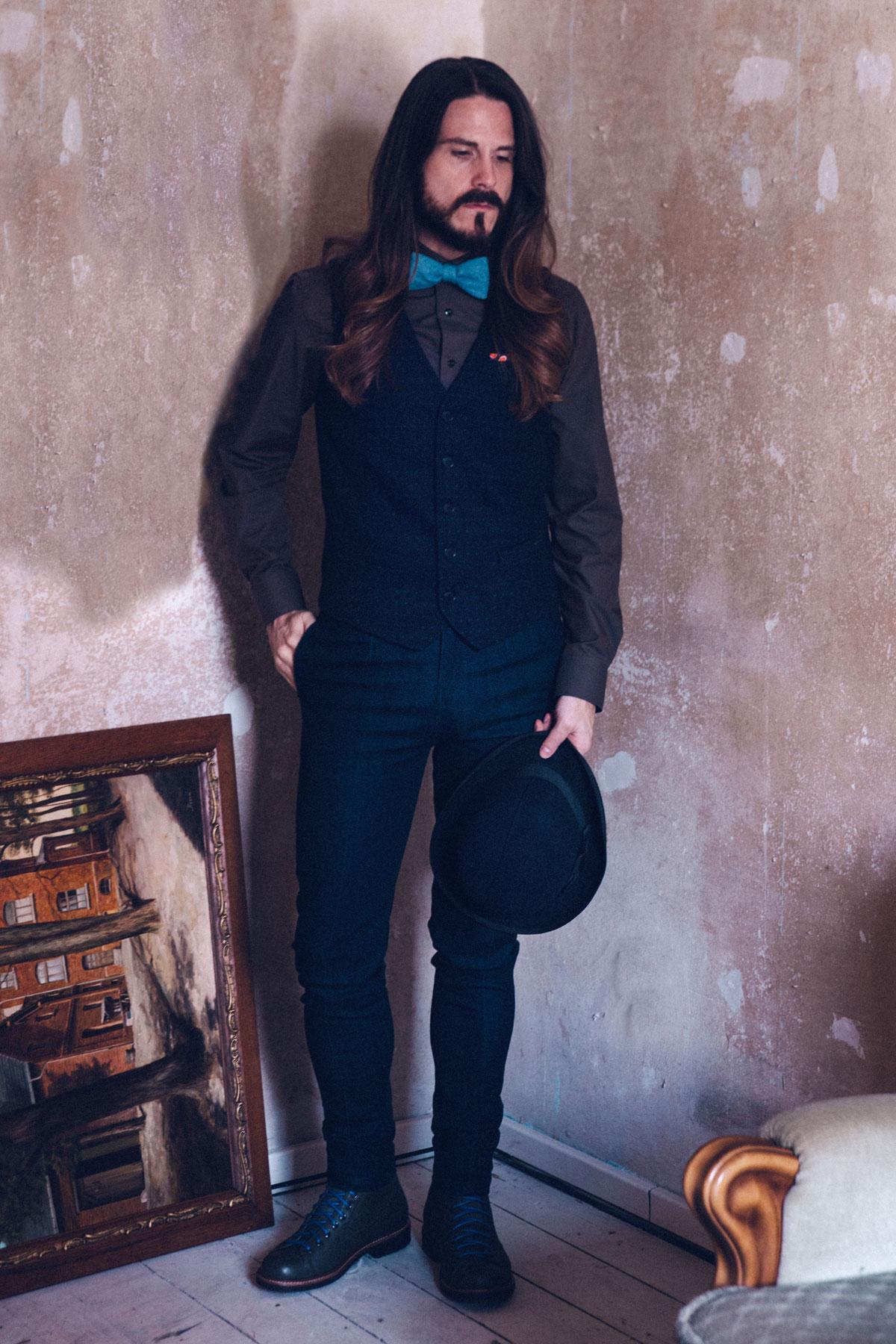 Fashion Trend Preppy Style Mit Weste Und Jeans Kaisers Neue Kleider