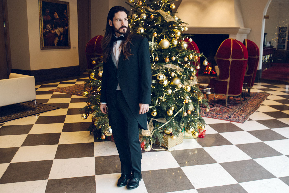 weihnachts-outfit-frack-gala-elegant-abendmode-malefashion-dobell