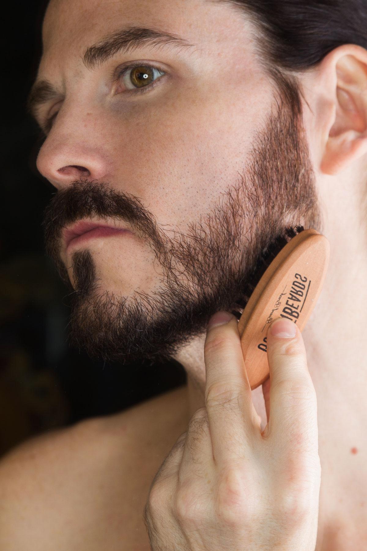 beauty-golden-beards-rasur-bart-bartpflege-bartoel-rasierpinsel