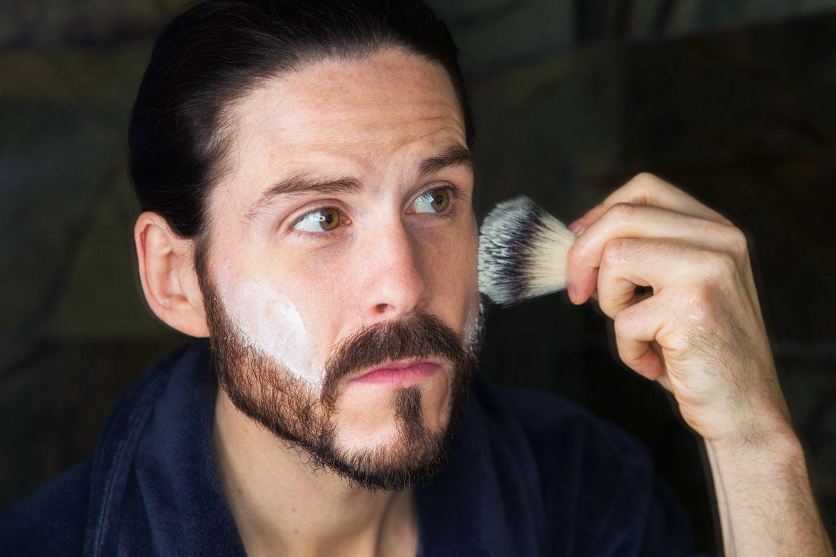 triumph-disaster-maennerpflege-beauty-face-scrub-shave-cream
