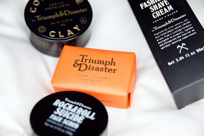 triumph-disaster-maennerpflege-beauty-face-scrub-shave-cream