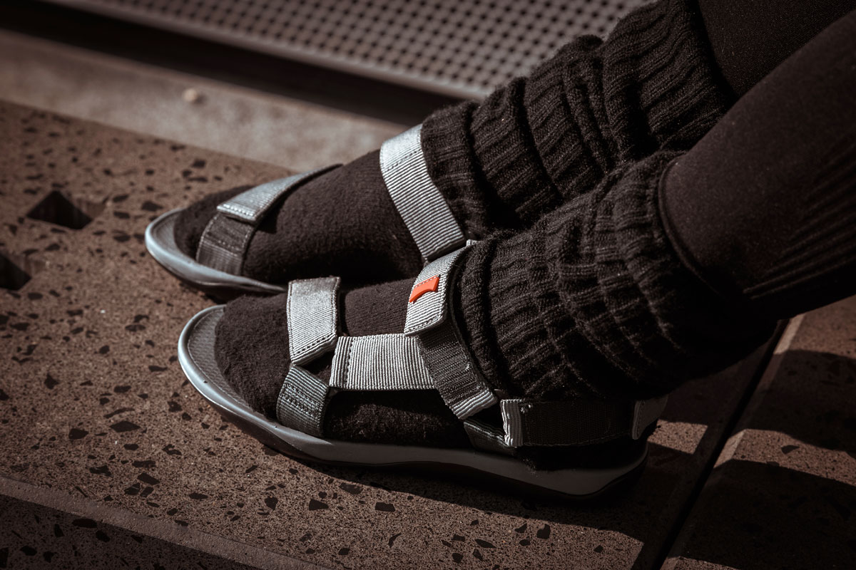 Fashiontrend-Sandalen-Parka-Ivy-Park-Camper-Nike-Tights-sportiv-Malefashion