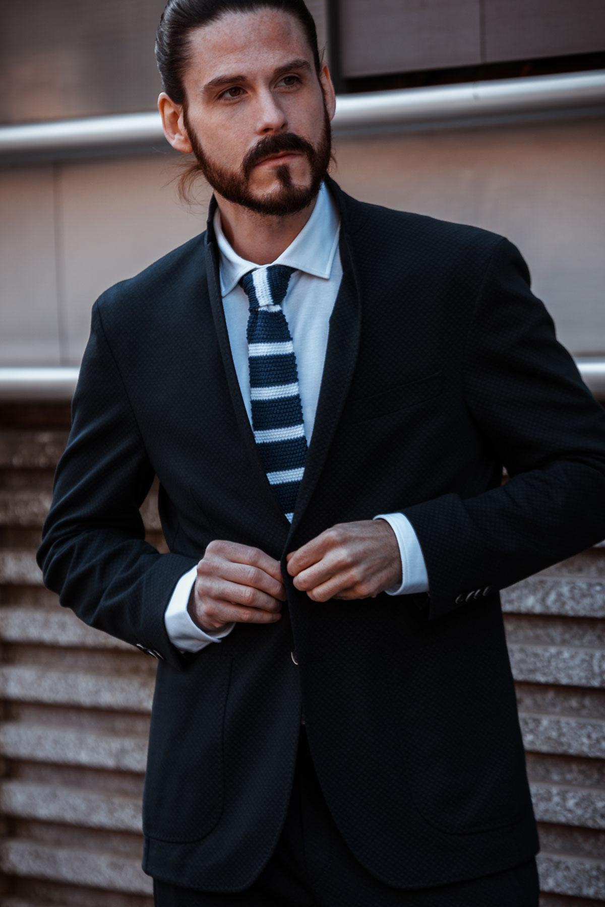 Kaisers-neue-Kleider-Otto-Kern-Never-Hide-Beauty-Duft-Outfit-Maennermode