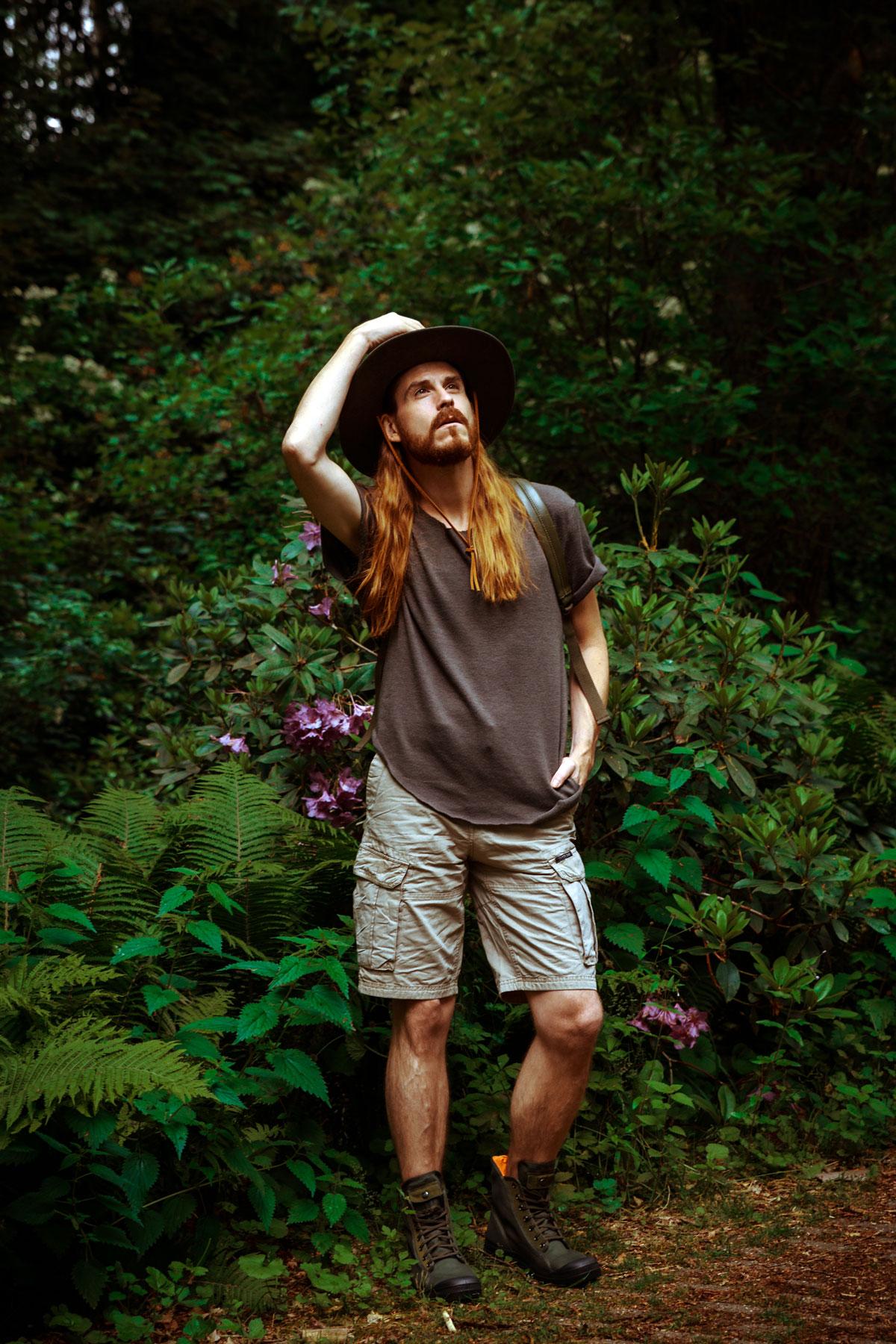 Outfit-Tropen-Cargo-Shorts-Matt-Nat-Rucksack-Palladium-Outdoor-Fashion