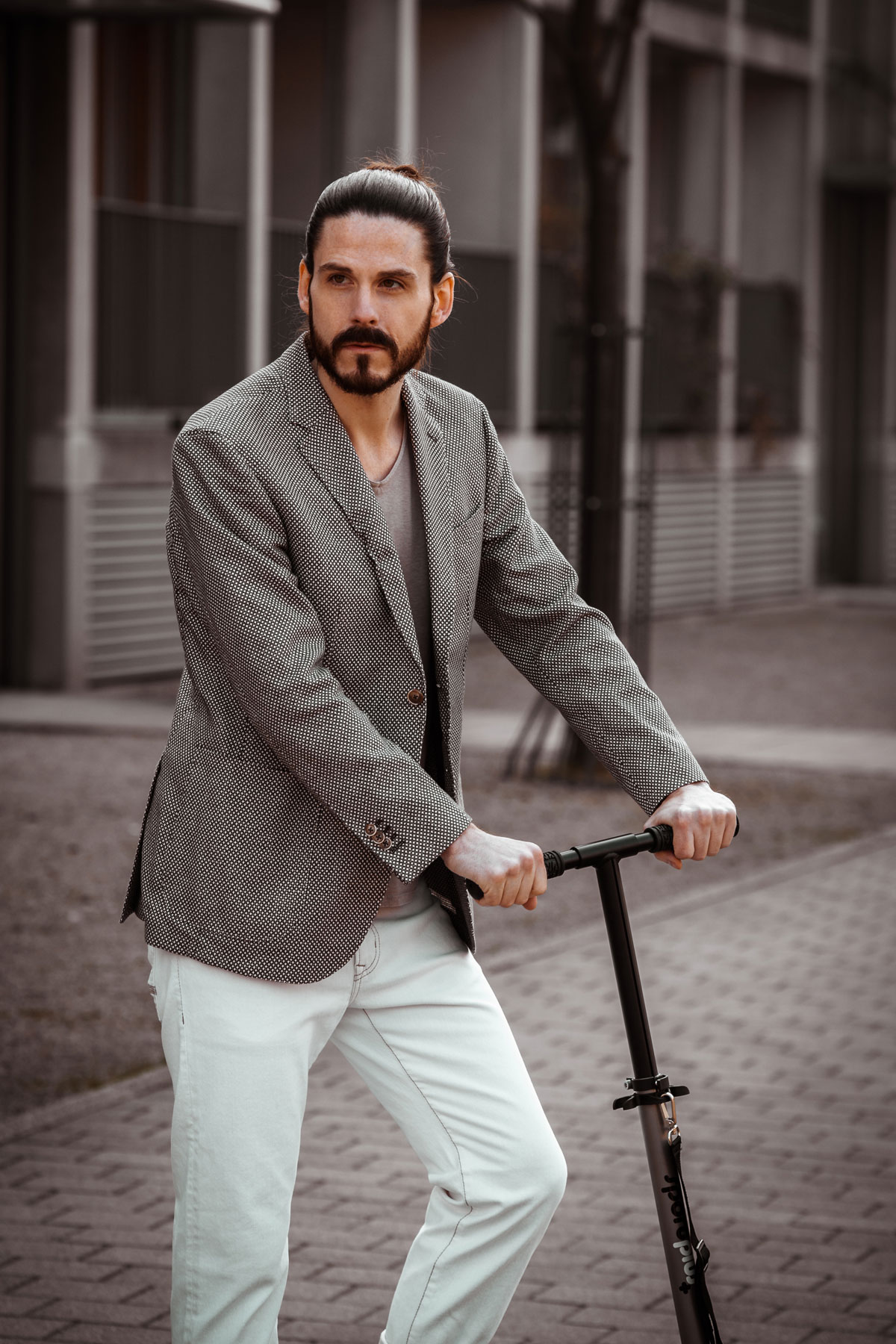 Maennermode-Blog-Business-Look-Sommer-Otto-Kern-Sakko-Jeans-Outfit