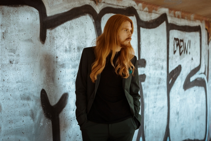 Maennermodeblog-Kombination-Herbstlook-Anzug-Rollkragenpullover-Influencer-Streetstyle