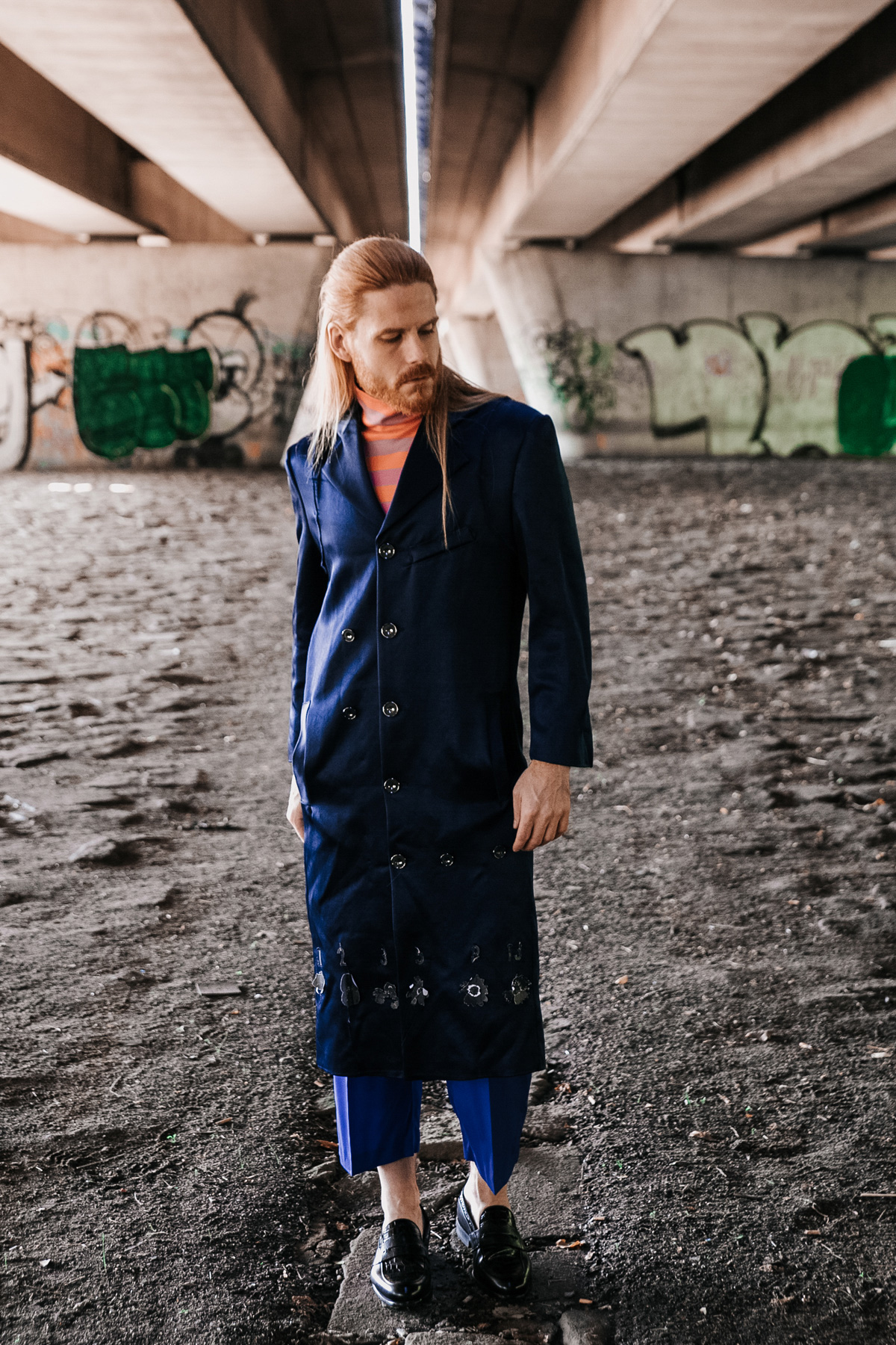 Nachwuchs-Designer-AMD-Malefashion-Style-Anzug-Mantel-Mode