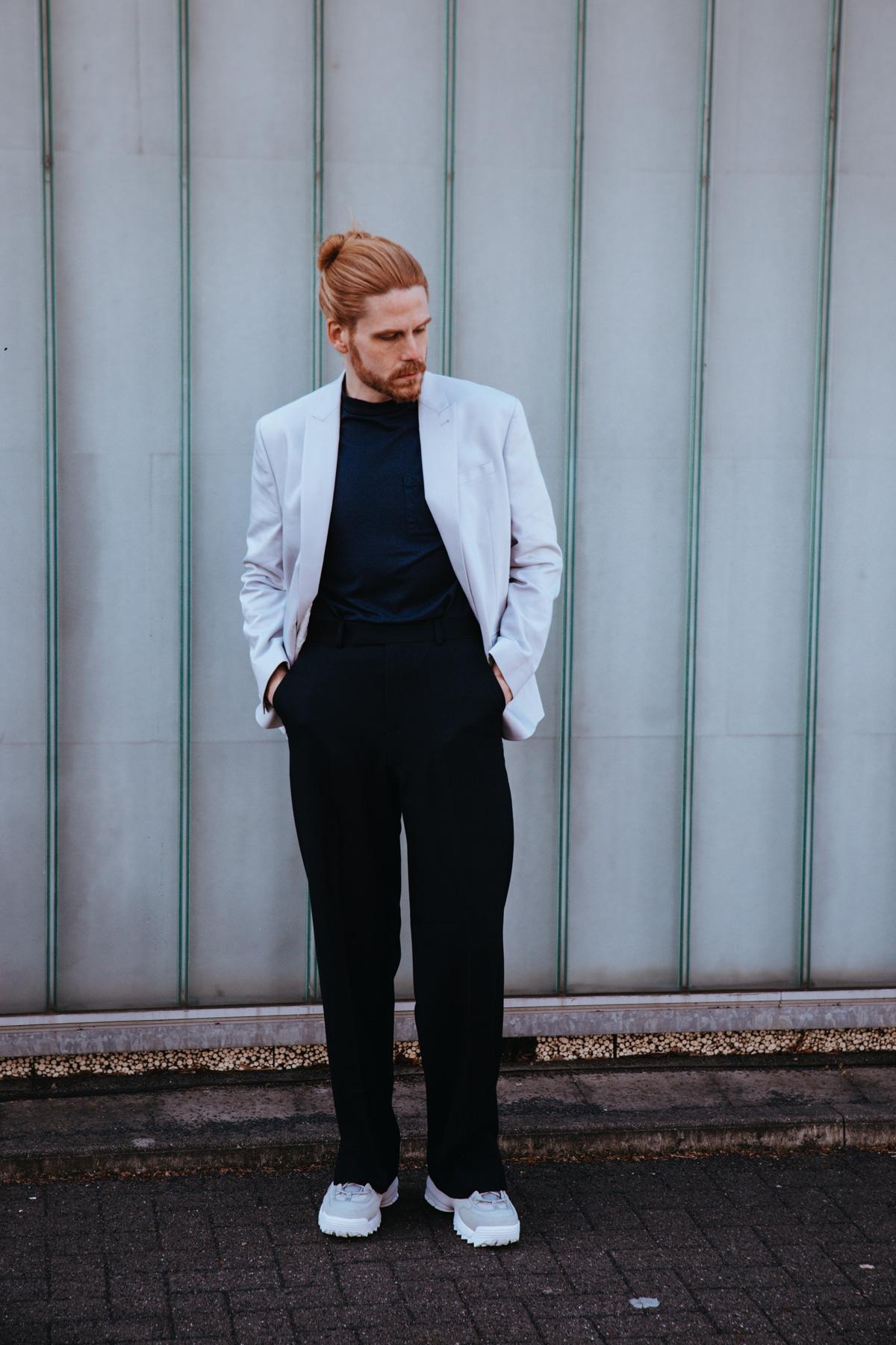 Modern-Malefashion-Sakko-Fila-Disruptor-Style-Influencer-Ginger