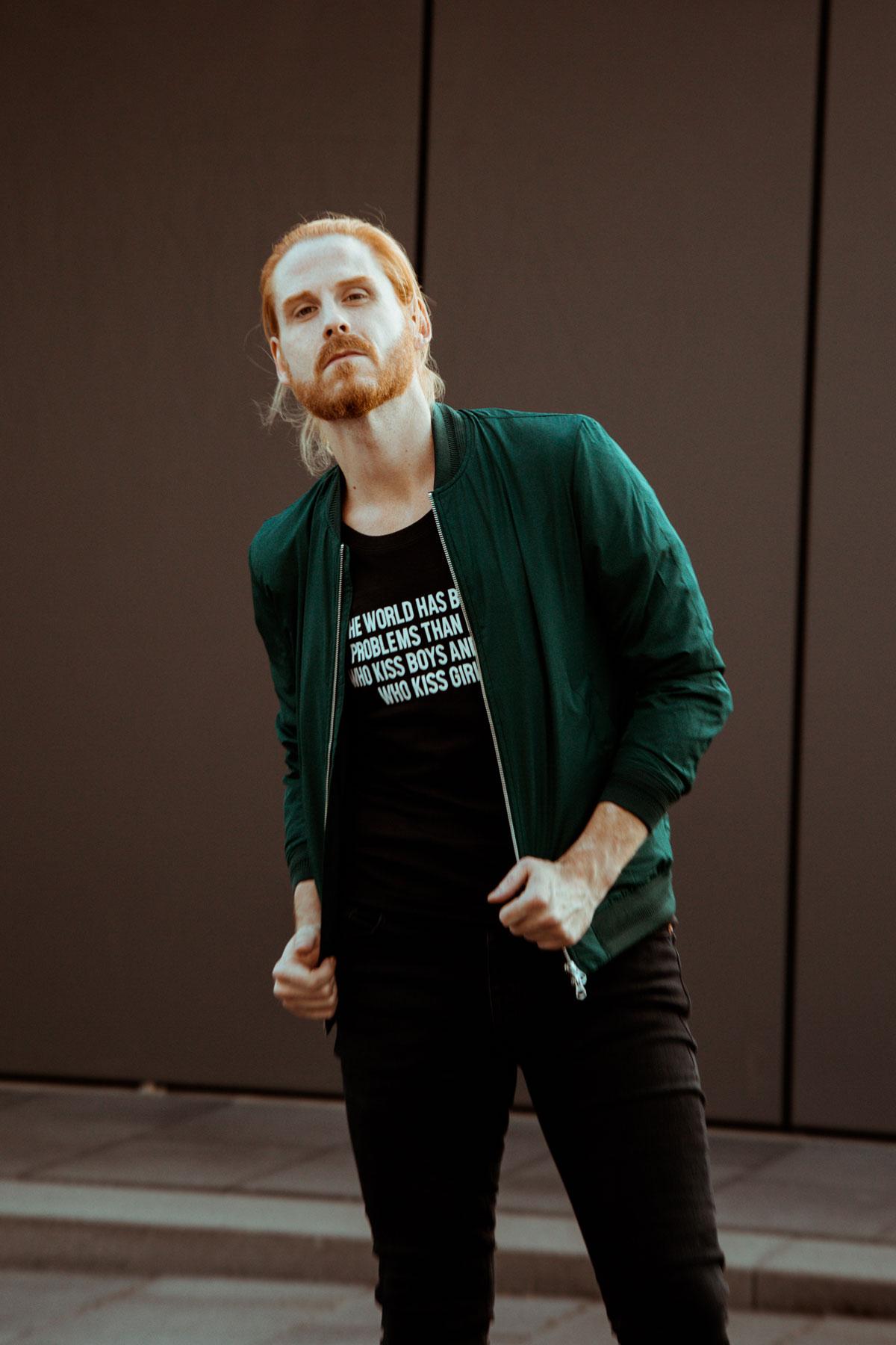 Malefashion-Streetstyle-Statement-Shirt-Gayboy-Ginger-Jeans